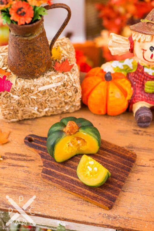 Dollhouse Miniature Autumn Pumpkin Cutting Board - 1:12 Dollhouse Miniature Pumpkin