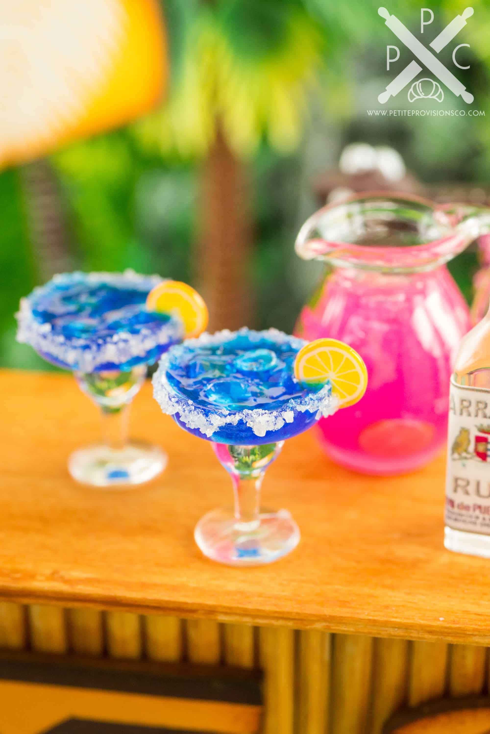1:12 Dollhouse Miniature Halloween Margarita Miniature Halloween//Mini Drink