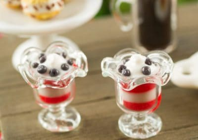 Strawberry and Blueberry Parfaits – Set of 2