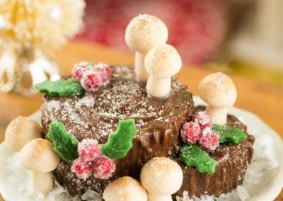 Bûche de Noël – Yule Log Stump Cake