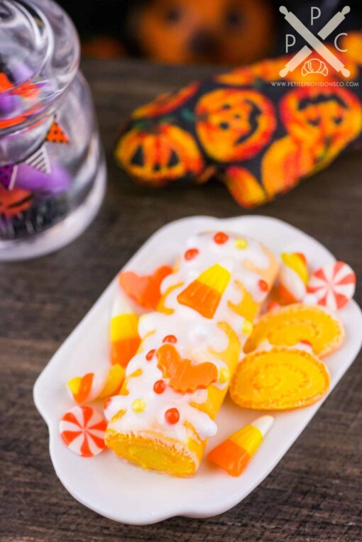 Dollhouse Miniature Marbled Candy Corn Halloween Swiss Roll Cake - 1:12 Dollhouse Miniature Halloween Cake