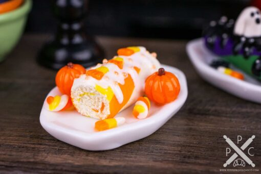 Dollhouse Miniature Candy Corn Halloween Swiss Roll Cake - 1:12 Dollhouse Miniature - Halloween Miniatures