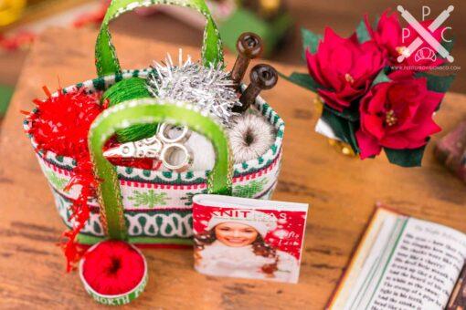 Dollhouse Miniature Christmas Knitting Bag Set - Snowflakes - 1:12 Dollhouse Miniature Christmas Decorations