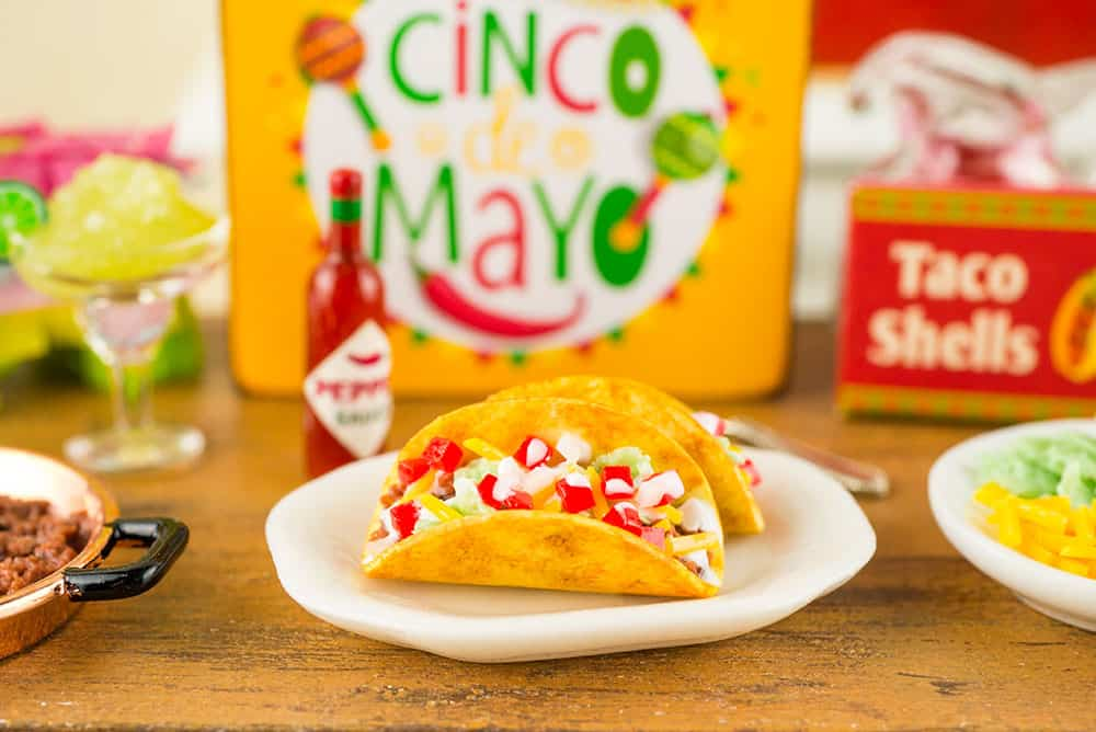 Cinco de Mayo Miniature in One Inch Scale