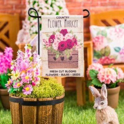 Dollhouse Miniature Country Flower Market Spring Garden Flag - 1:12 Dollhouse Miniature Garden Flag