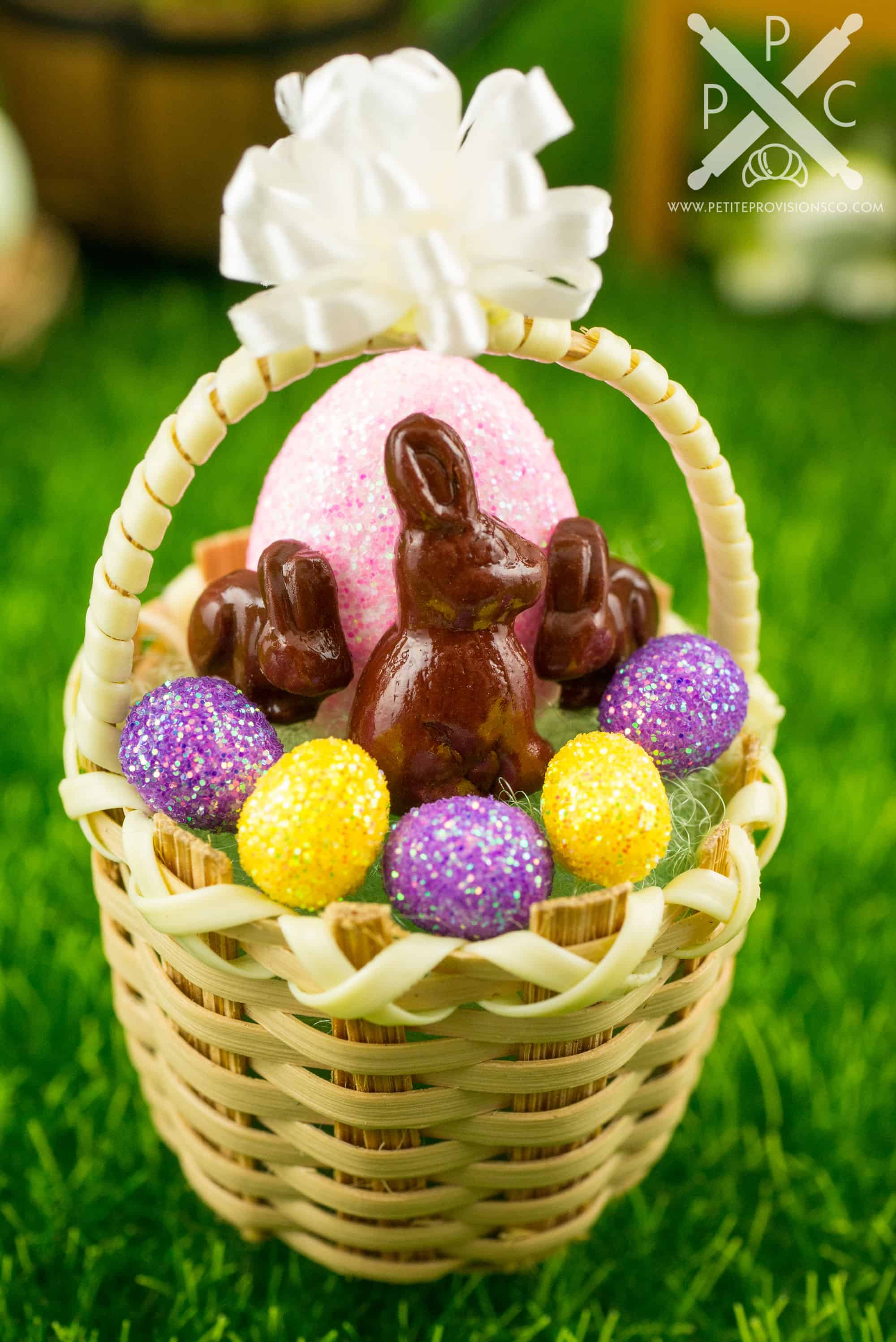 Dollhouse Miniature Easter Basket with Glitter Easter Eggs ...