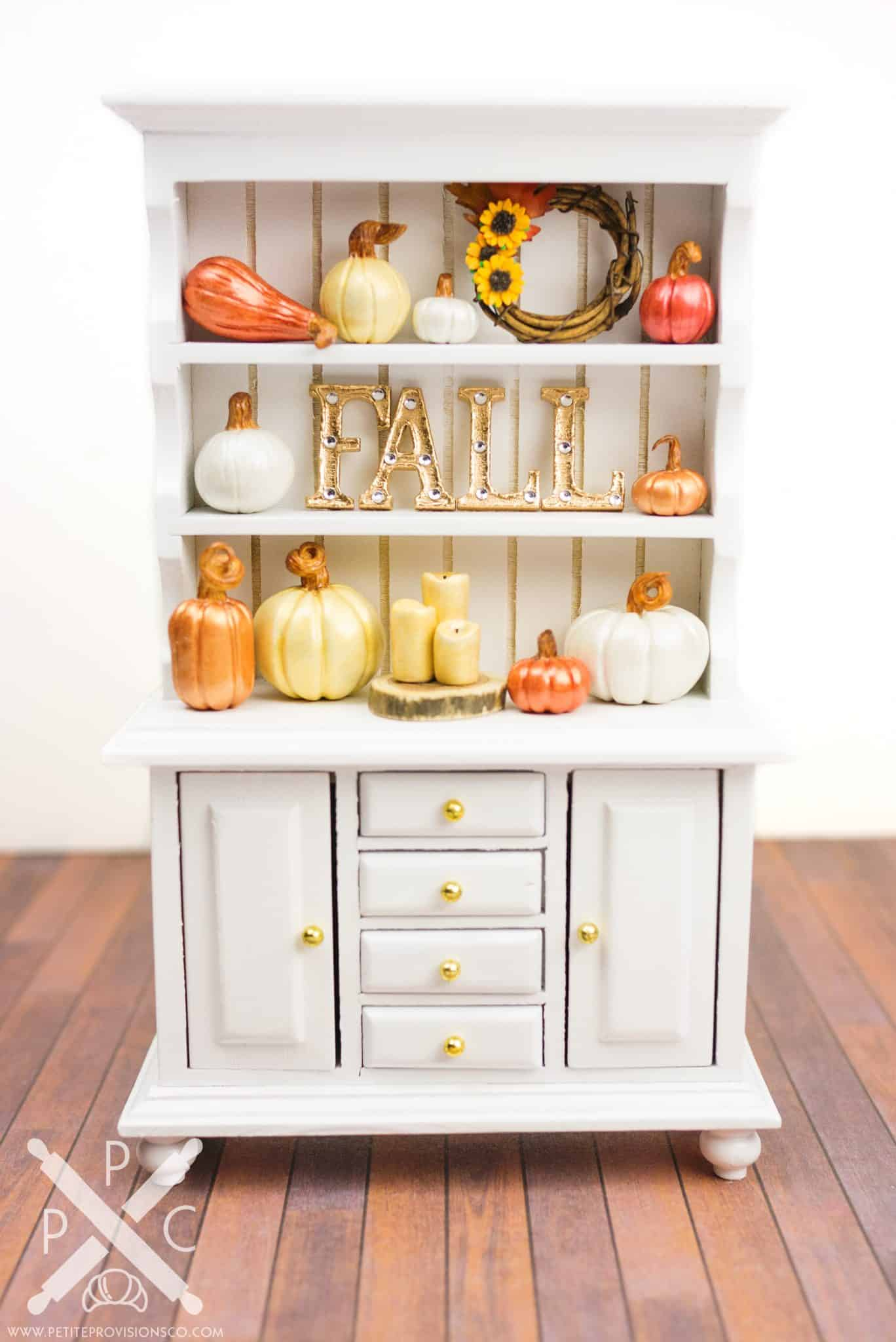 fall-pumpkin-cabinet-01