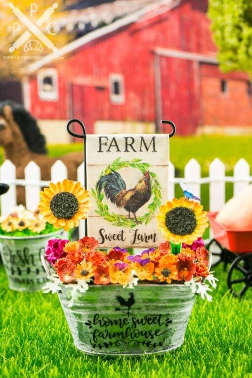 Dollhouse Miniature Farm Sweet Farm Rooster Garden Flag - 1:12 Dollhouse Miniature Garden Flag