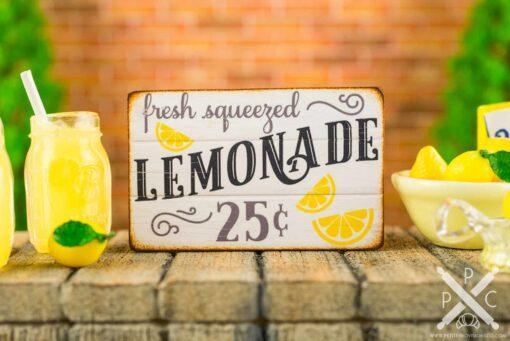 Dollhouse Miniature Fresh Squeezed Lemonade Sign - 1:12 Dollhouse Miniature Sign