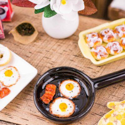 Dollhouse Miniature Frying Pan with Fried Eggs and Bacon - 1:12 Dollhouse Miniature Eggs and Bacon - Dollhouse Breakfast