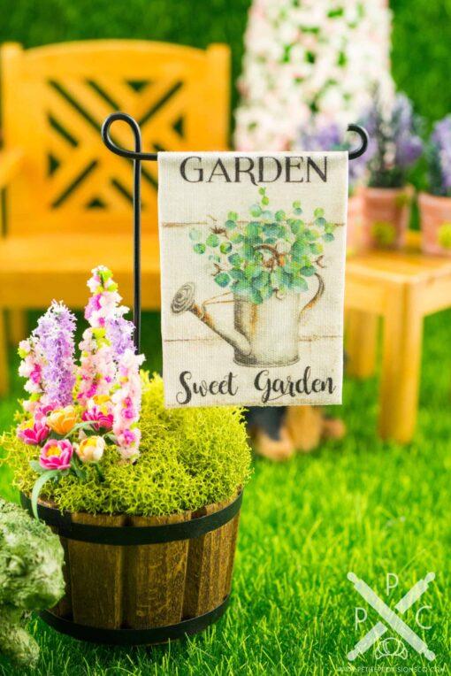 Dollhouse Miniature Garden Sweet Garden Spring Garden Flag
