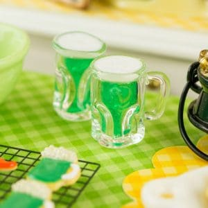 St. Patrick's Day Green Beer for Two – 1:12 Dollhouse Miniature