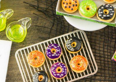 Halloween Doughnuts in Pumpkin Box – Half Dozen