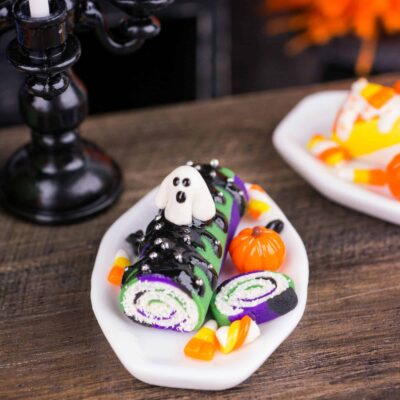 Dollhouse Miniature Halloween Swiss Roll Cake - 1:12 Dollhouse Miniature - Halloween Miniatures