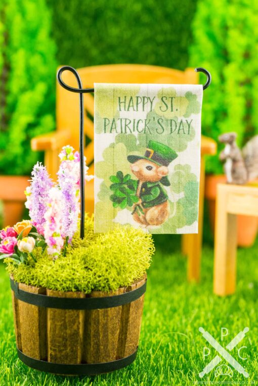 Dollhouse Miniature Happy St. Patrick's Day Garden Flag