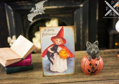 A Jolly Halloween Vintage Sign – Decorative Halloween Sign