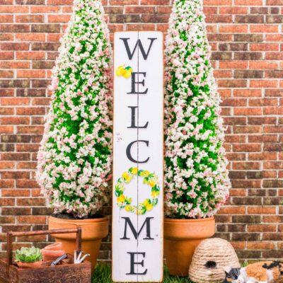 Dollhouse Miniature Farmhouse Welcome Porch Sign with Lemon Wreath - Vertical Porch Sign - 1:12 Dollhouse Miniature Porch Sign