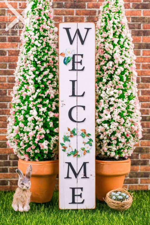 Dollhouse Miniature Farmhouse Welcome Porch Sign with Magnolia Wreath - Vertical Porch Sign - 1:12 Dollhouse Miniature Porch Sign