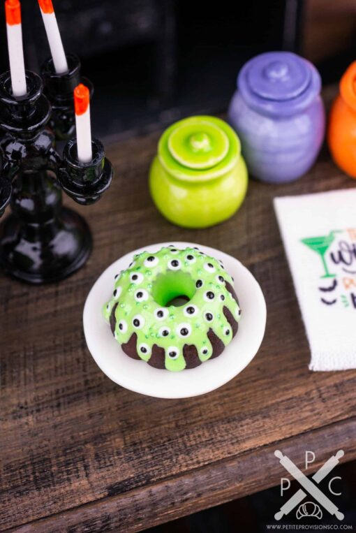 Dollhouse Miniature Halloween Monster Eyes Bundt Cake - 1:12 Dollhouse Miniature - Halloween Miniatures