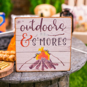 Outdoors & S'Mores Sign