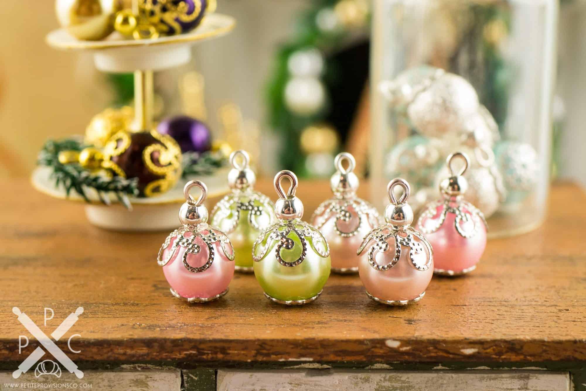 pastel-ornaments-02