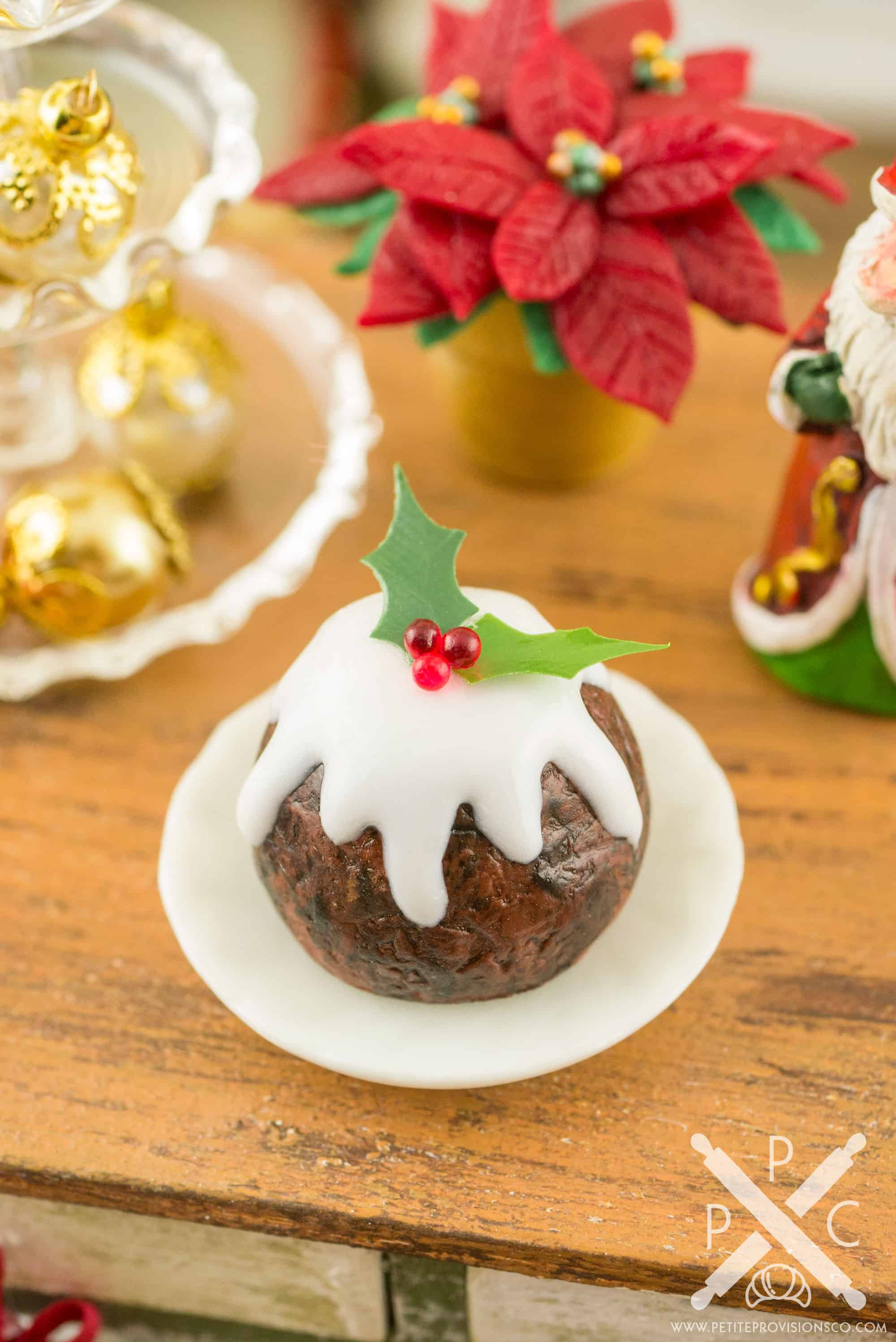Old fashioned christmas plum pudding 27