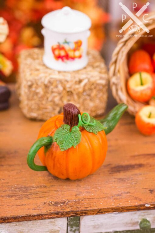 Dollhouse Miniature Autumn Pumpkin Teapot - 1:12 Dollhouse Miniature - Fall Miniatures