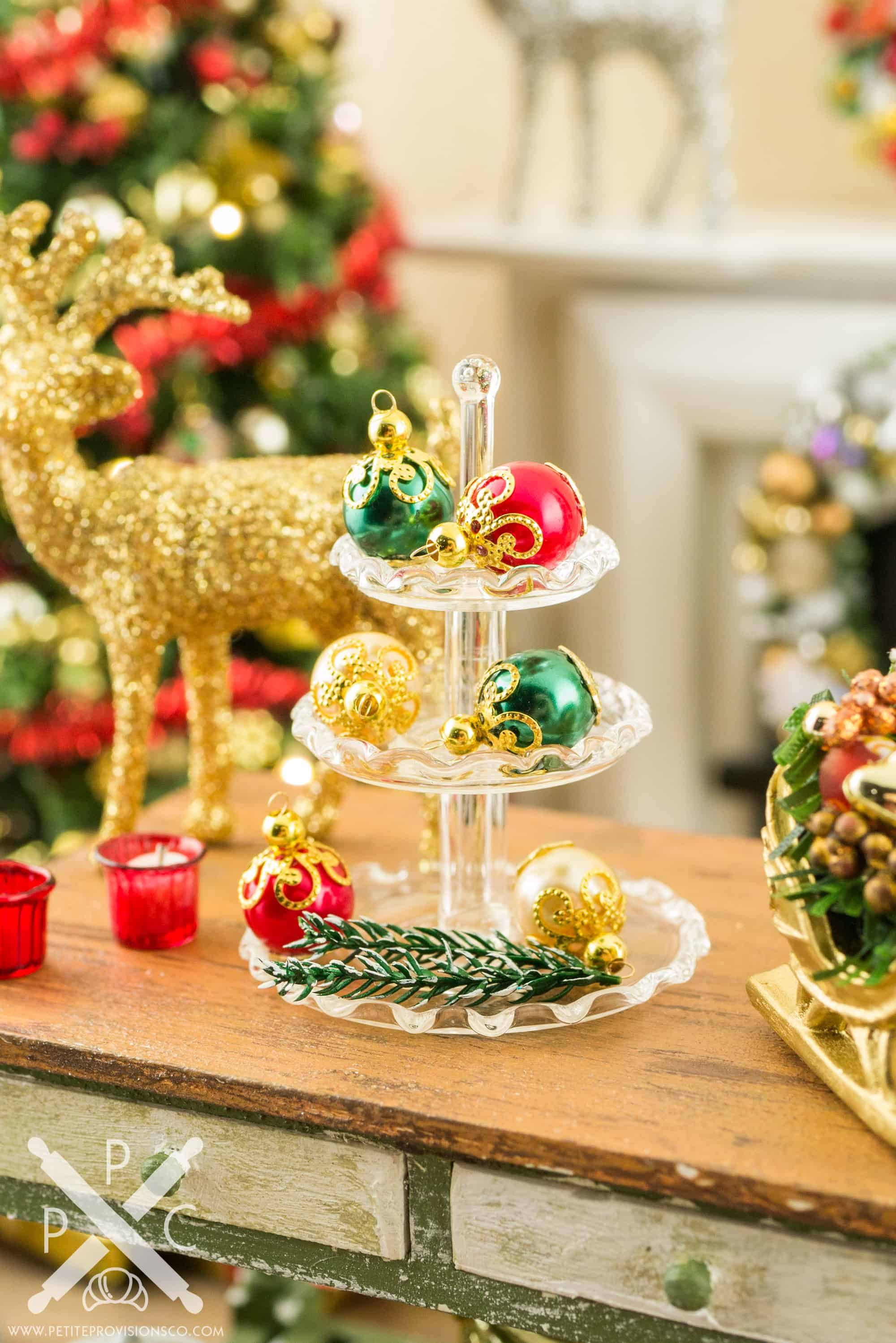elegant red green and gold christmas ornaments