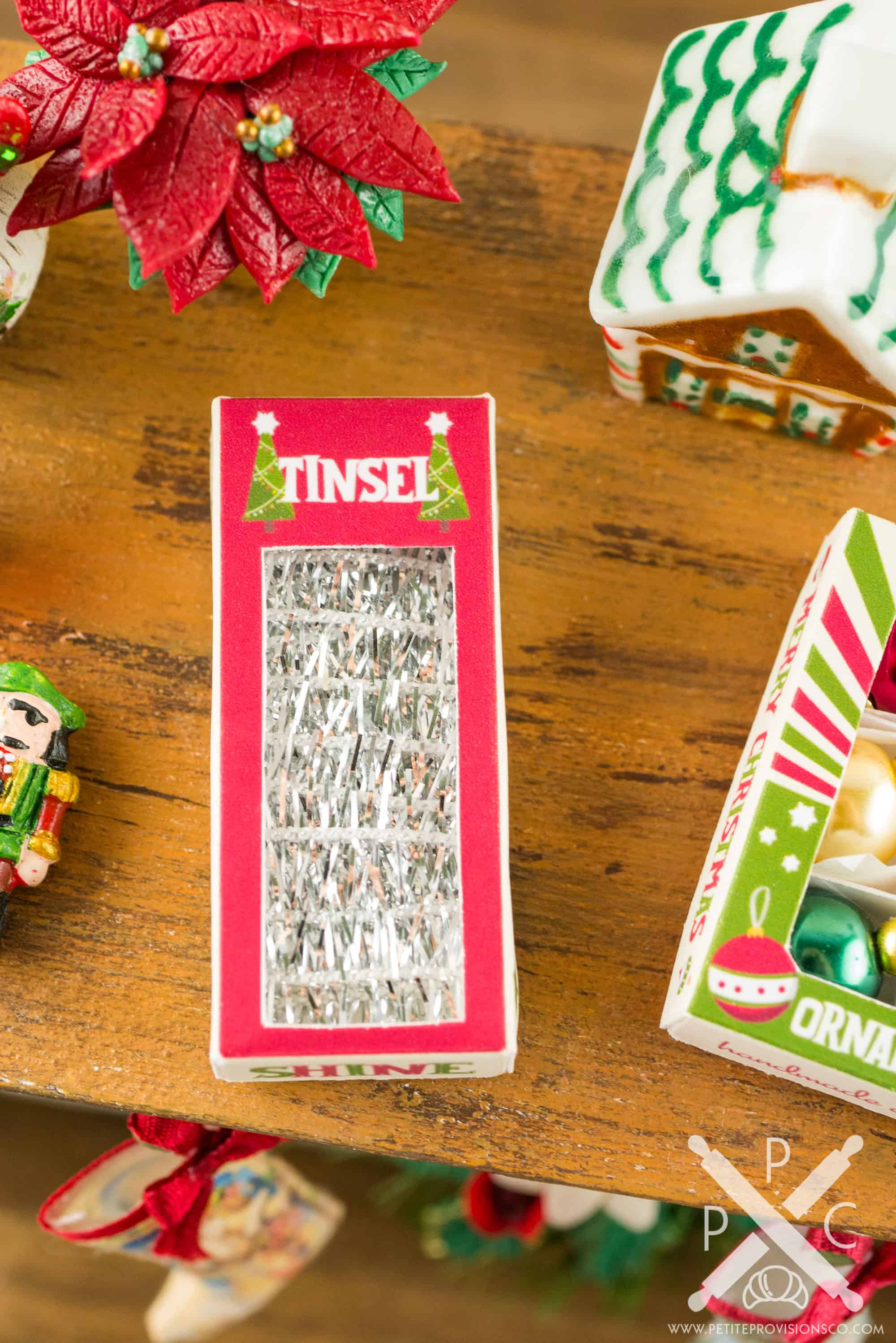 Retro Christmas.Retro Christmas Tinsel Box