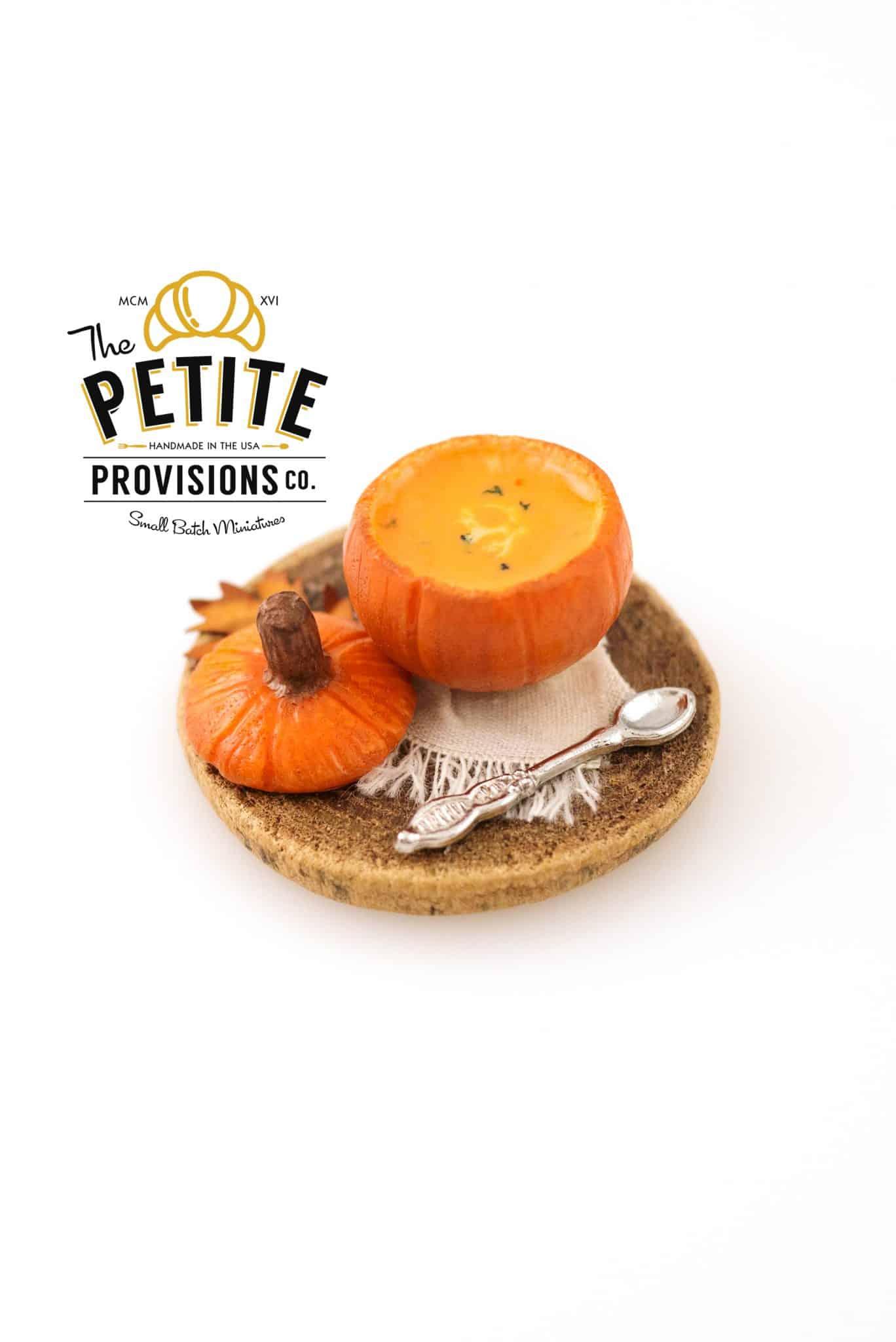 rustic-pumpkin-soup-tureen-01