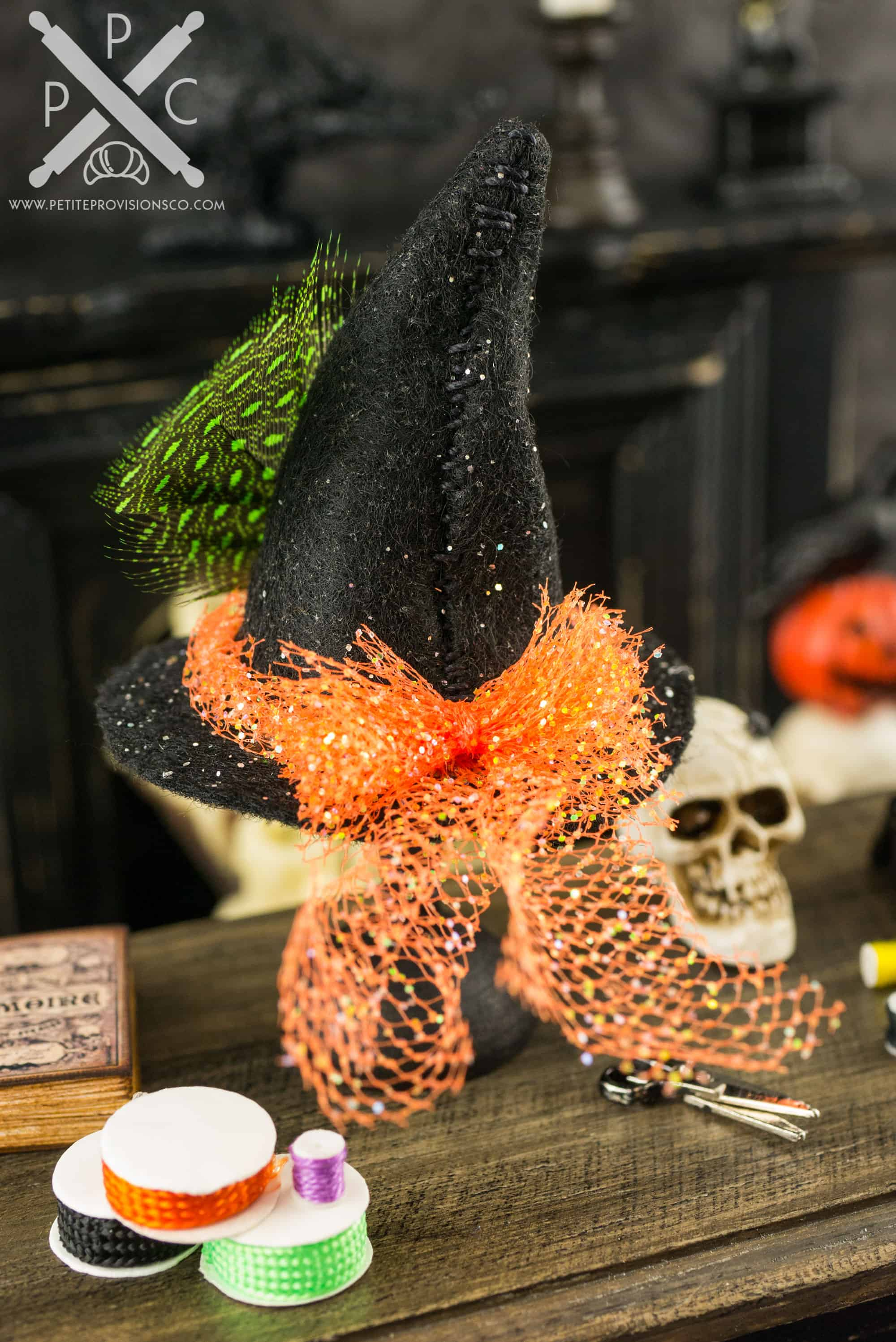Dollhouse Miniature Artisan Witches Hat with Sparkle Bow
