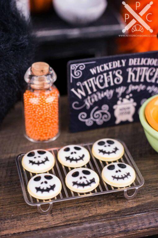 Dollhouse Miniature Grinning Skulls Halloween Cookies - Half Dozen - 1:12 Dollhouse Miniature - Halloween Miniatures