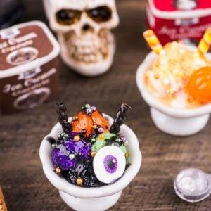 Spooky Ice Cream Sundae