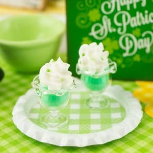 St. Patrick's Day Puddings on Tray – 1:12 Dollhouse Miniature