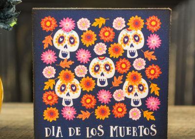 Sugar Skulls and Flowers – Decorative Day of the Dead Sign