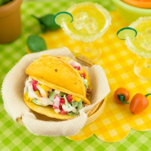Tacos and Margaritas Set – 1:12 Dollhouse Miniature