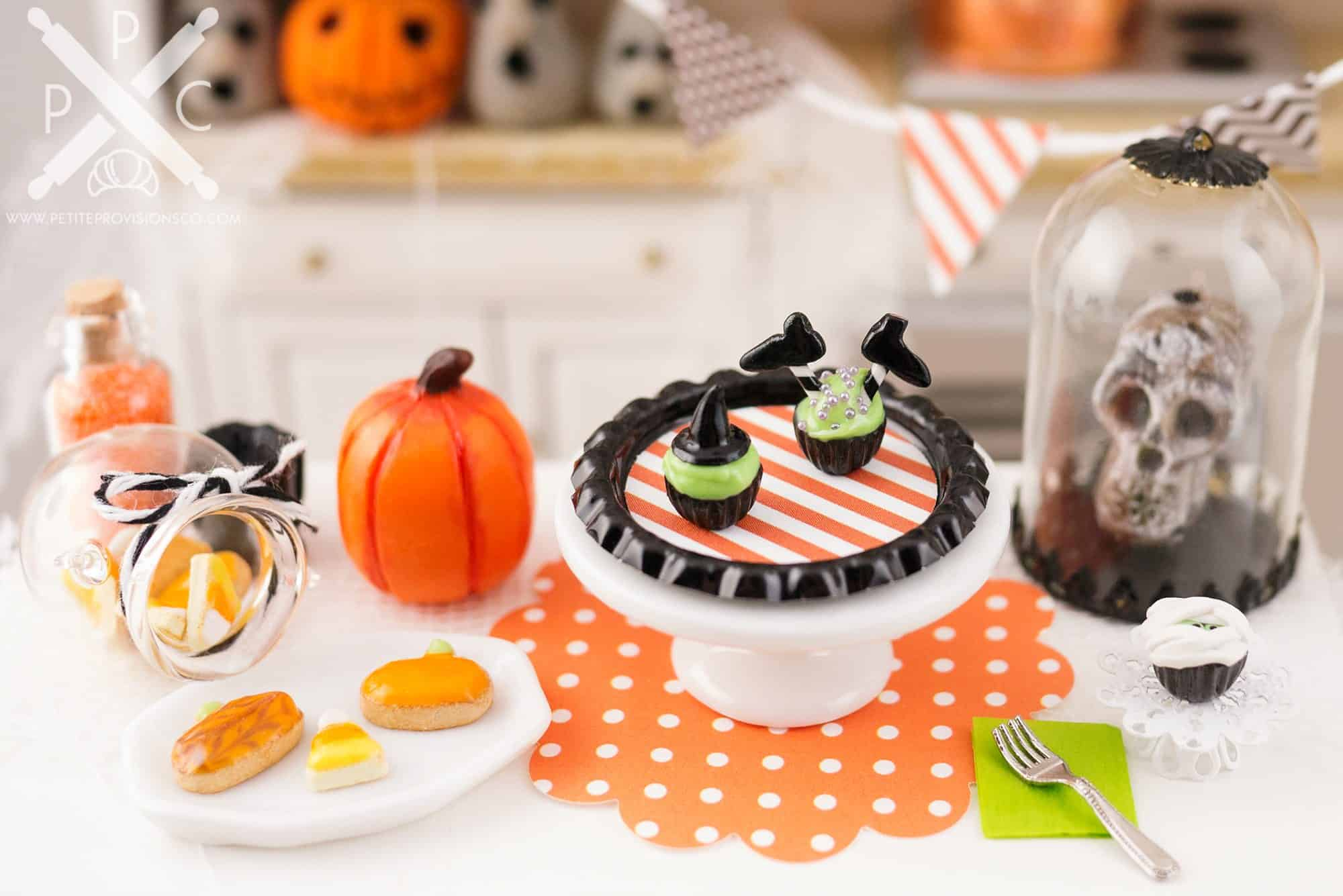 witch-cupcakes-01