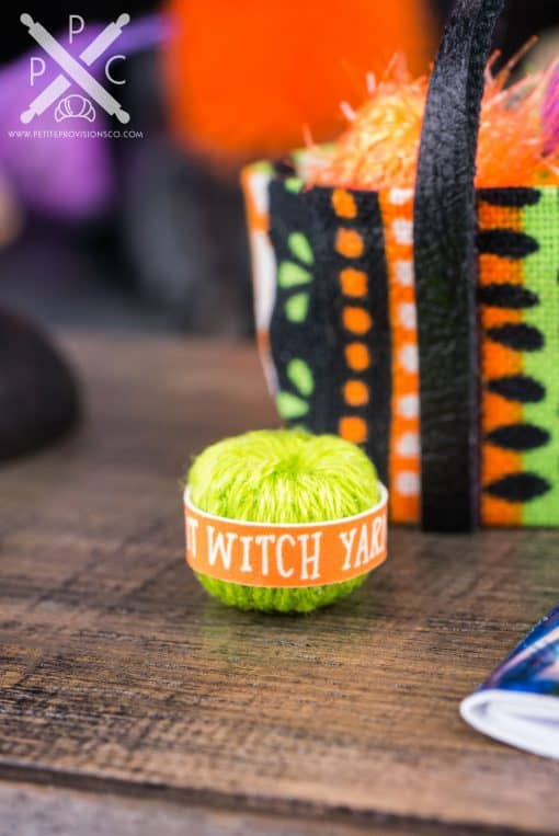 Dollhouse Miniature Witch's Knitting Bag Set - 1:12 Dollhouse Miniature Halloween Decorations